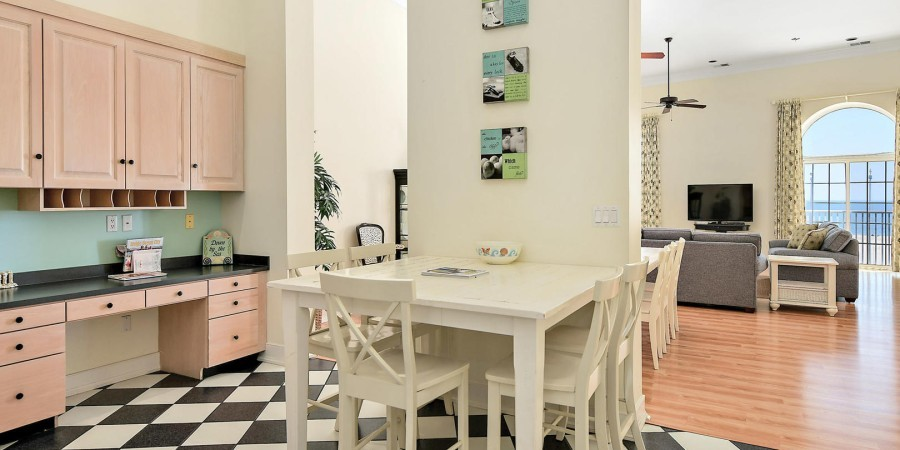 Additional Dining Kitchen