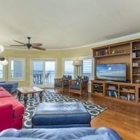 Bayfront Living Area