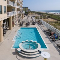 Gateway Grand Outdoor Pool