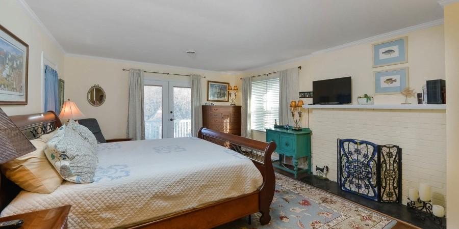 Master Bedroom 1 - 2nd floor