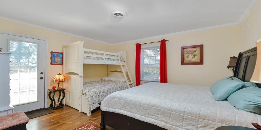 Bedroom 5 - 2nd floor
